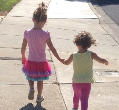 A Kid's Perspective: 3 Minutes on Happiness, Gratitude & Love, with 4-Year Old Coral & 2-Year Old Christie